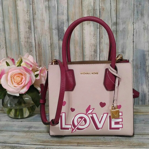 c54f74a4513b3 Michael Kors Studio Love Mercer Messenger